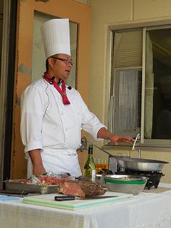当院の寺嶋シェフによる調理実演